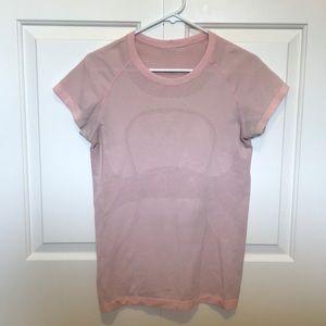 Lululemon t shirt